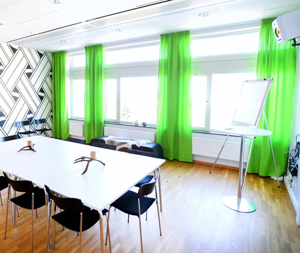 Konferensrummet Labyrinten på Kulturens hus. Optimerat för videokonferens i Luleå