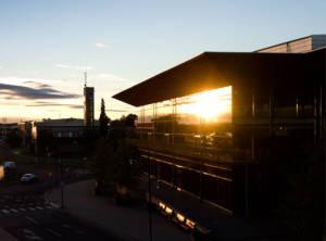 Kulturens hus i solnedgång
