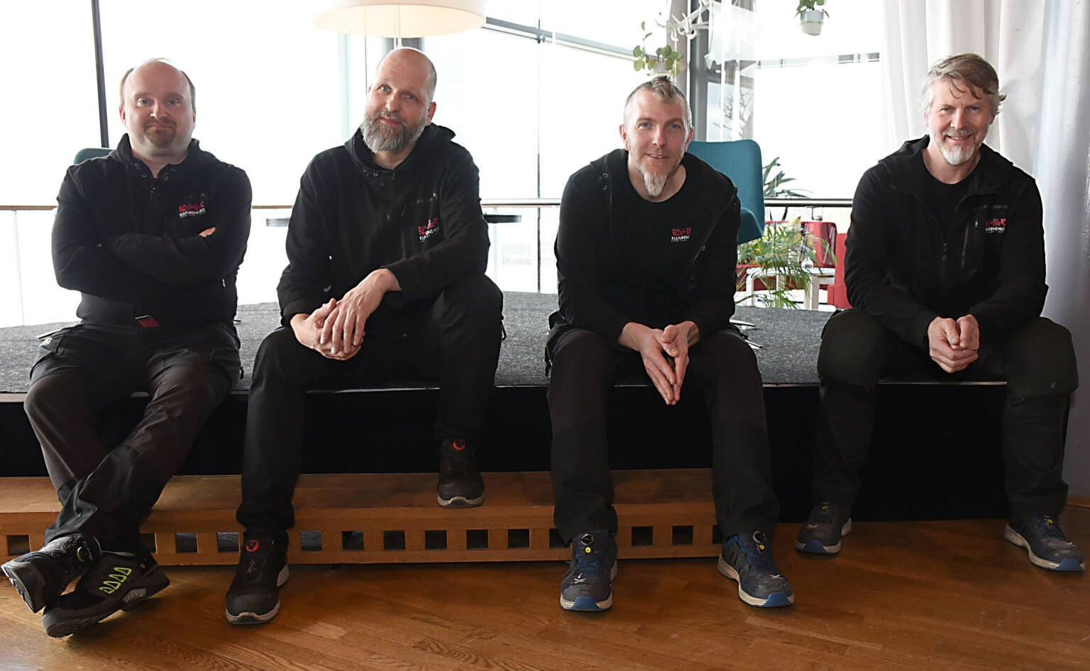 Allt ljus på teknikerna som fixar bästa ljudet. Från vänster: Johan Rova Johansson, Göran Norman, Kaj Molin och Johnny Johansson.